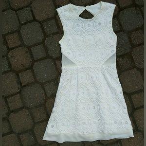 """H"" urban outfitter kimchi blue white lace mini"